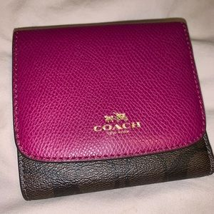 Coach Signature Trifold Leather Wallet